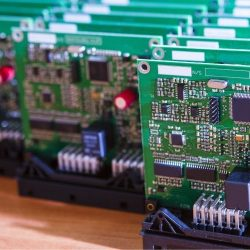 How To Choose the Right Thickness for Your PCB Prototype